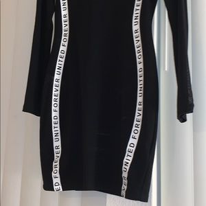 H&M Dresses - Fitted dress